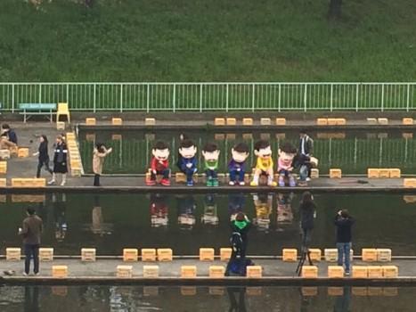 釣り堀に六つ子のおそ松さんが現れるwwwwww
