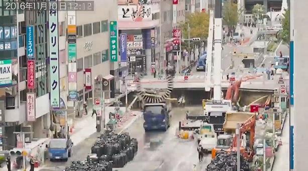 博多駅前道路陥没復旧工事